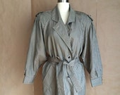 vintage 1990's houndstooth raincoat / black and tan / neutral