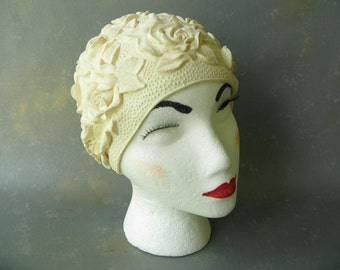Vintage Bathing Cap, swim cap, Rubber, Ivory, raised pattern, 60s,