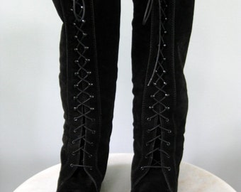 Black Suede Leather Lined Lace Up Italian Made Knee High Boots 80s Vintage