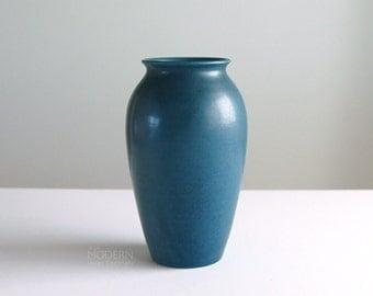 Rookwood Pottery Arts Crafts 568C Satin Matte Blue Vase