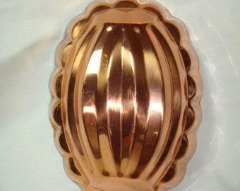Benjamin and Medwin DUORO Copper Oval Gelatin Jello Mold.
