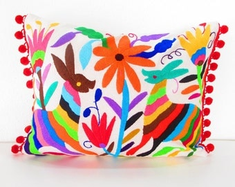Mexican Otomi pillow cover, handmade animal and flowers, colorful decorative, 12x16 Unique piece of mexican culture, otomi embroidered