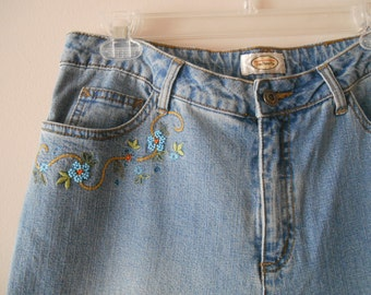 Talbots Vintage Jeans with Beaded Floral Detail Size 10