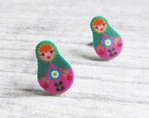 Small, russian doll, matriochkas, earrings, plastic, pink, green, green, stainless stud, handmade, les perles rares