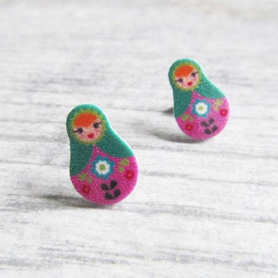 Small, russian doll, matriochkas, earrings, plastic, pink, green, green, stainless stud, handmade, les perles rares
