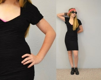 Rocker BODYCON dress mini 90s grunge black with cutout keyhole back 1980s vintage IngridIceland hipster rocker