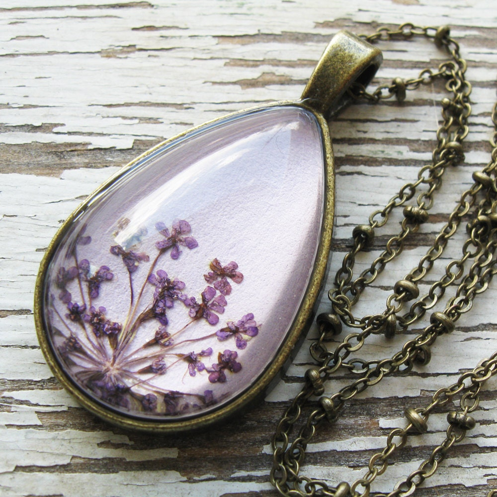Real pressed flower necklace lavender queen anne 39 s lace for Winter garden studios
