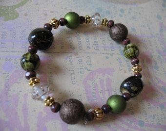 Earthy and Elegant Stretch Beaded Bracelet