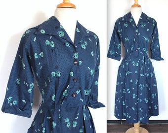Vintage 1940s Dress // 40s 50s Blue and Teal Atomic Floral Shirt Dress // Dolman Sleeve Day Dress // Swiss Dot Dress