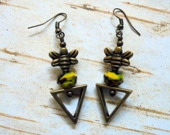 Black, Yellow and Brass Bumble Bee Earrings (2530)