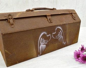 Vintage Rustic Tool Box - rusty metal tote - Toolbox Carrier