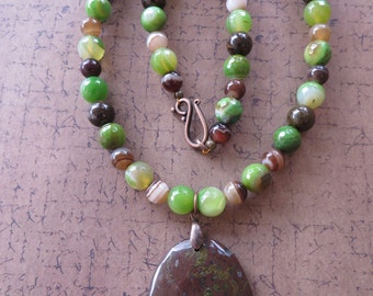 Striped Green Agate Bronzite and Striped Brown Agate Beaded Necklace with Brown Plum Blossom Jasper Pendant