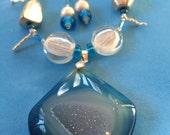 Blue Geode Necklace, Druzy Necklace, Druzy Pendant, Stone Pendant Necklace, Druzy, Blue Stone Necklace, Holiday Jewelry, Druzy Necklace