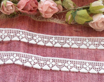 Lace  By The Yard Vintage Lace Trim Supplies Craft Supplies