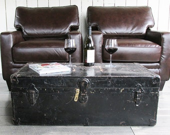 """1940s-50s Steamer Trunk """"Perfect Coffee Table Size"""""""