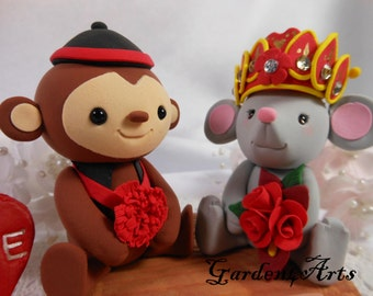 NEW--Custom wedding cake topper - Love MONKEY & MOUSE couple with circle clear base - Chinese Zodiac