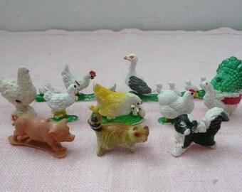 Assorted Lot Plastic Miniature Farm Animals, Chickens, Ducks, Turkey, Marx Miniatures
