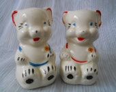 American Bisque Bears with Cookies Salt and Pepper Shakers - vintage, collectible, Rare