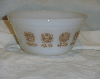 Vintage Federal Sunflower Bowl