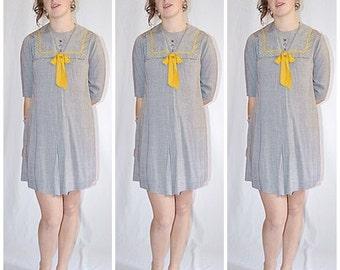 Vintage 1960s Gray Cotton Sailor Mini Dress Shift With Gold Trim 36 Inch Bust