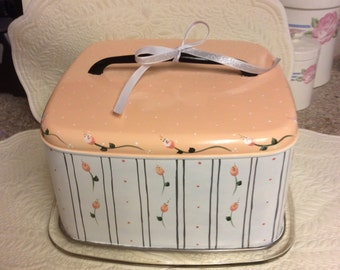 Vintage Square Cake Carrier/custom painted