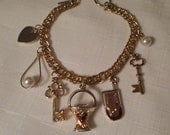 Vintage / CHARMING CHARMS BRACELET / Bangle / Gold / Fashionista / Trendy / Rockabilly / Statement / Designer-Inspired / Chic / Accessory