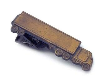 Antique Tie Bar Truck #388
