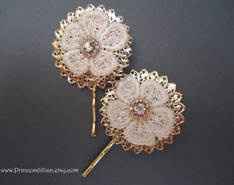 Cabochon hair grips - Chunky gold filigree white floral lace sparkly rhinestone mixed media jeweled decorative embellish hair accessories