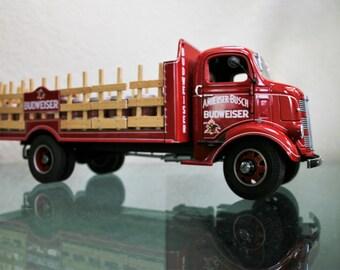 Danbury Mint 1:24 1938 GMC Budweiser Stake Delivery Truck