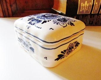 Vintage Delft Blue Trinket Box, Blue and White Box, Palm Beach Decor, Home Office Decor
