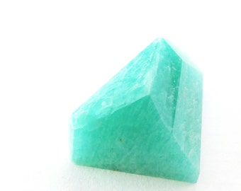 Natural Amazonite Faceted Cabochon Gem. Saturated Teal color. SUPERB Quality. Tavernier Cut. Geometric. 1 pc. 29 cts. 18x24x12mm (AMZ119)
