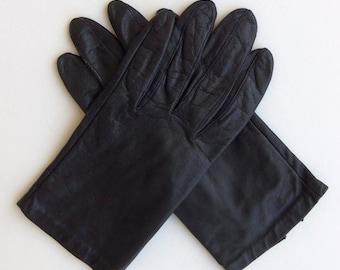 Vintage 60's Women's Glove Black Leather Wrist Length Size 6.5 - 7
