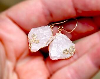 Stone Earrings Raw Rose Quartz Earrings Gold Filled Earrings Pink Earrings Crystal Earring Stone Jewelry Gold Filled Jewelry Birth Stone