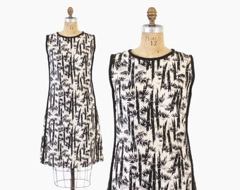 Vintage 60s Sun DRESS / 1960s Black & White Novelty BAMBOO Print Sleeveless Dress M