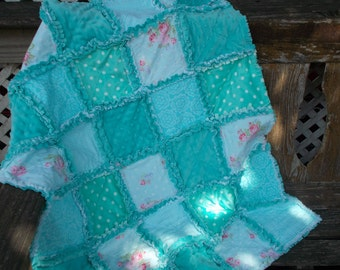 Cute baby rag quilt, aqua, turquoise, blues with pink flowers, baby shower gift, crib quilt, nursery decor, security blanket, baby blanket