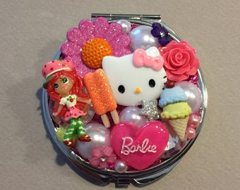 HELLO KITTY STRAWBERRY Shortcake Barbie Compact Mirror
