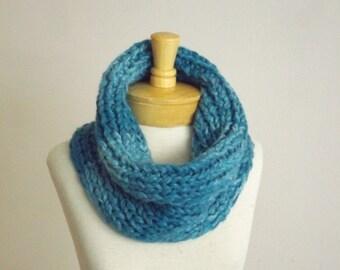 Chunky neck warmer, Chunky Cowl, Aquamarine Cowl, Chunky scarf,  scarf, Fall Scarf, scarf, Autumn scarf