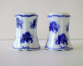 Vintage Salt and Pepper Shakers Blue and White