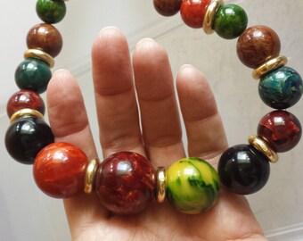 "27"" Vintage 1950s marbled multi-colored bakelite bead necklace 128 g"