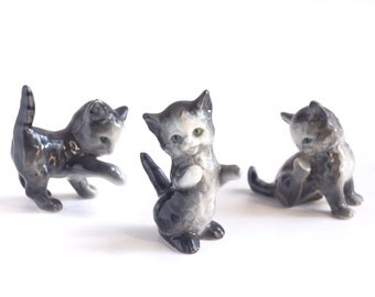 Vintage Goebel porcelain china kittens, set of 3 ceramic cat figurines, 1960s West Germany, M-54 blue mark, gray, green eyes, paper labels
