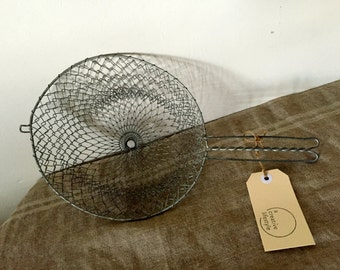 Fabulous VINTAGE crinkly wire basket.  Industrial decor. Great storage / organisation.