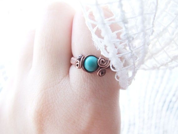 Turquoise Ring, Rustic Copper Elvish Ring, Blue Turquoise Jewelry, Size 7,5, Elvish Turquoise Ring