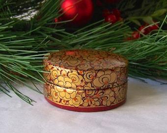 Vintage Trinket Box Wood Box Lacquered Box Hand Painted Kashmir India Secret Treasures 1980s