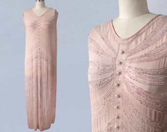 1920s Dress / 20s Pale Pink Beaded Flapper Dress / Pearls / Starburst Motif