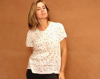 90s shirt FLORAL pattern twin peaks grunge floral scoop neck t-shirt top vintage shirt