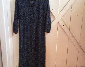 Gorgeous vintage petite floral peasant dress s/m