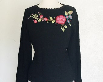 FREE SHIPPING//Vintage black knitted hand embroidered floral sweater