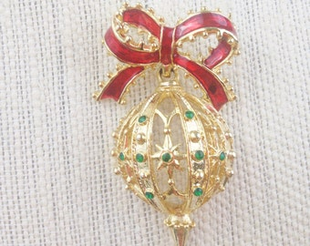 Vintage Christmas Ornament Brooch
