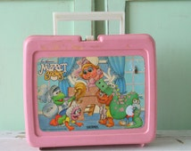 Vintage MUPPET BABIES Lunch Box...vintage home. summer. camping. retro. kitsch. jim henson. cook out. fozzie. kermit. miss piggy. 1986. girl