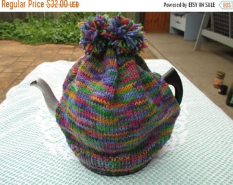ON SALE Tea Cozy - Hand knitted